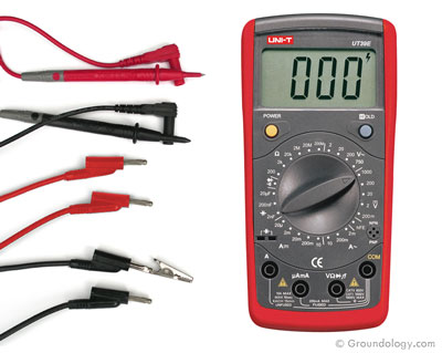 Digital multimeter for testing body voltage